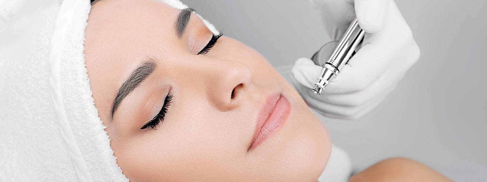 anti-aging face peel, procedure renewing skin , jet peeling